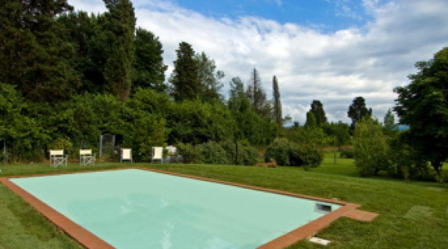 Rustici in vendita - zona collinare e prima periferia di Lucca